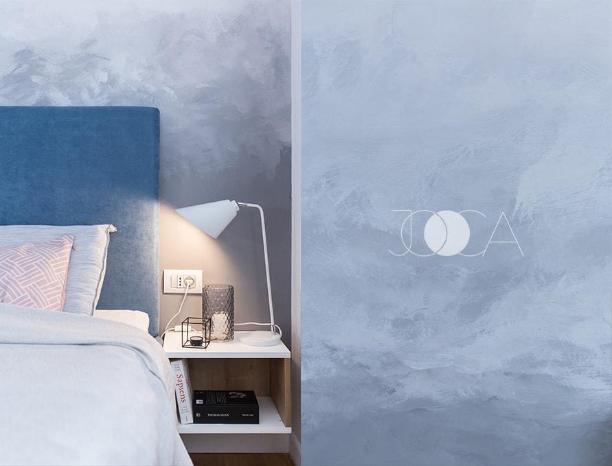 Dormitor matrimonial cu perete pictat manual