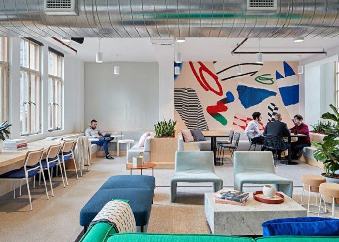 Diversitatea spațiilor de lucru într-un birou